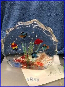 Captivating MURANO Tropical FISH AQUARIUM Art Glass SCULPTURE Paperweight