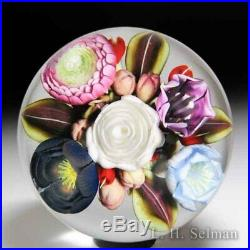 Clinton Smith 2018 flower and berry bouquet glass paperweight