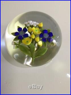 David & Jon Trabucco 1990 Flowers White, Blue And Yellow Large Glass Paperweight
