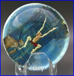 JIM D'ONOFRIO Two Boys & Two Dogs on Boat Art Glass Paperweight, Apr 2.5Hx3W