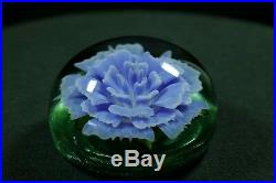 Matt Kelley borosilicate glass paperweight handblown flower 2.4x1.4 blue green