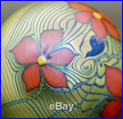 ORIENT & FLUME 3 Red Flowers Iridescent Nouveau Glass Paperweight, Aprx 2H x 3W