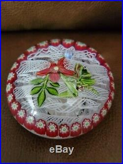 Parabelle Red Flower Muslin Millefiori Border Art Glass Paperweight