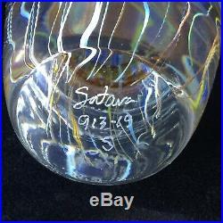 Richard Satava Moon Jellyfish Art Glass Paperweight. 5. Beautiful