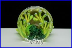 STUART ABELMAN Green Frog on Clear Base Art Glass Paperweight, Apr 2.5Hx4W