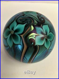 Vintage 1978 Orient & Flume Iridescent Flower Paperweight #174m Signed