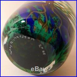 WONDERFUL CATHY RICHARDSON SPRING SCENE Art Glass PAPERWEIGHT & Signature & Date